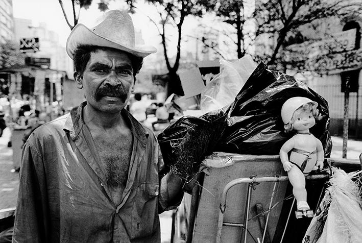 Recycling paper, Sao Paulo, Brazil - 1994