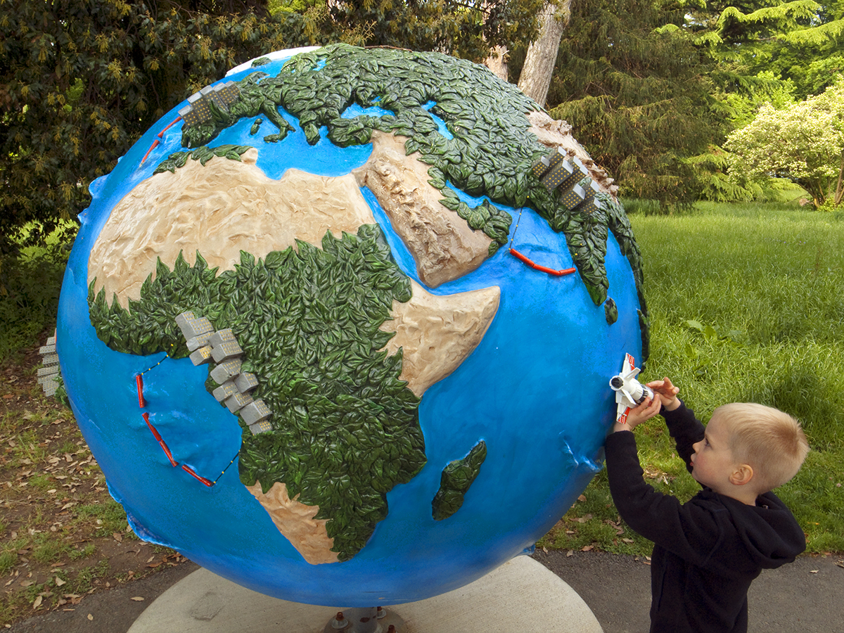 Cool Globes - Hot ideas for a cooler Planet, Geneva, Switzerland